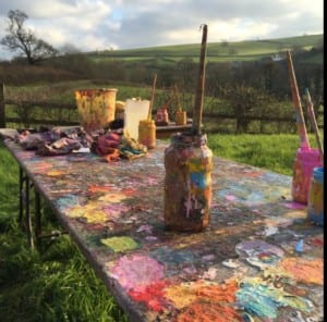 Yvonne Coomber - painting outside